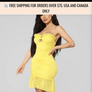 Nwt fashion nova lace dress